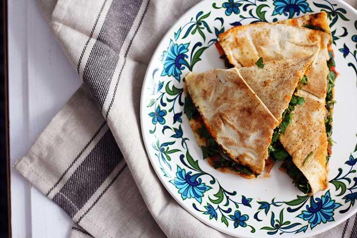vegetarian arayes pita sandwiches