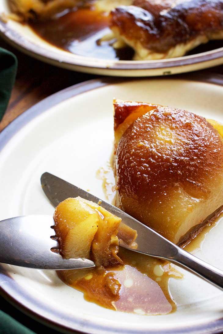vegan pear tarte tatin