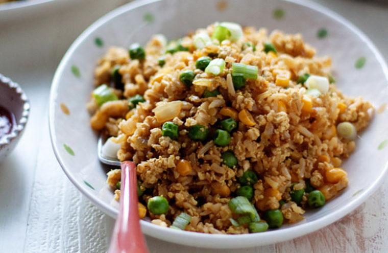 12-Minute Scrambled Tofu Fried Rice