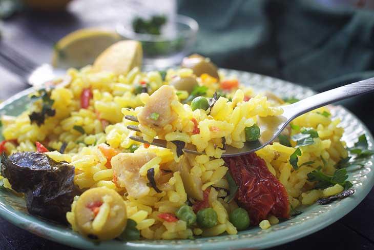 Paella vegetariana cu ciuperci pleurotus