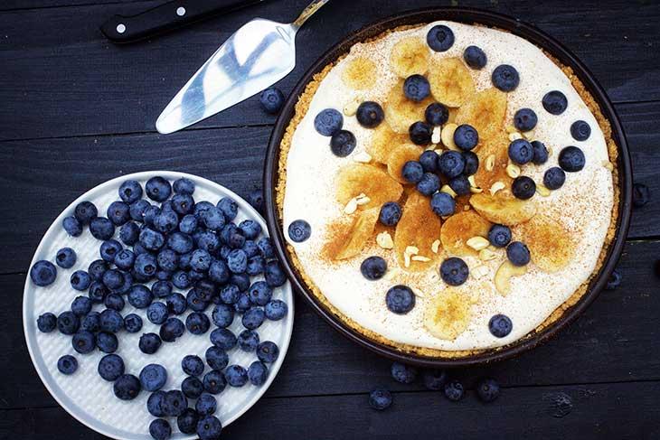 Vegan Banana Cream Pie vegan banoffee pie tarta cu banane