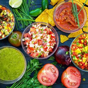 Homemade Salsa Recipes - salsa roja, salsa verde, pico de gallo, Mango Salsa and Avocado salsa