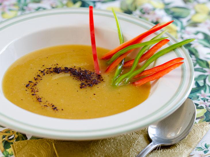 Supa de cartofi dulcisi dovlecel