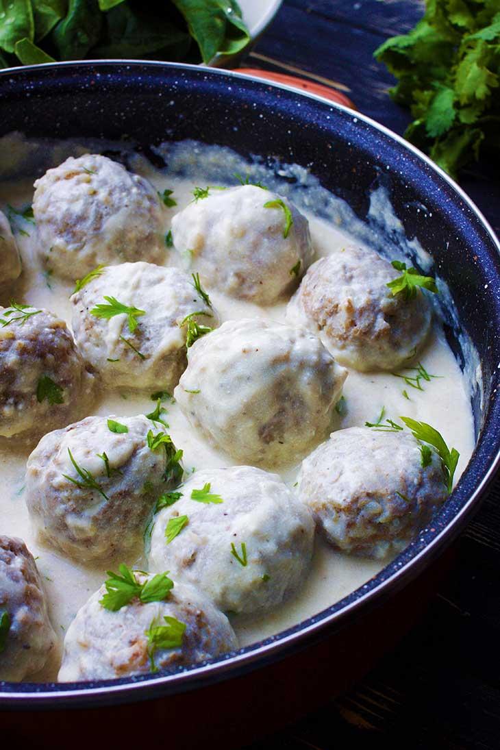 Vegan Swedish Meatballs chiftelute suedeze reteta