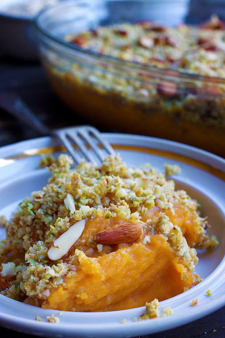 Vegan Sweet Potato Casserole with nuts Caserola dulce cu cartofi dulci