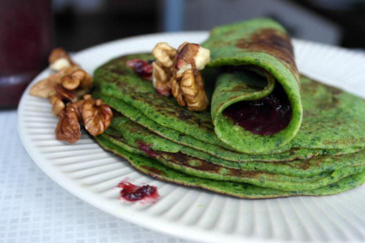 Clatite verzi – cu banane si spanac