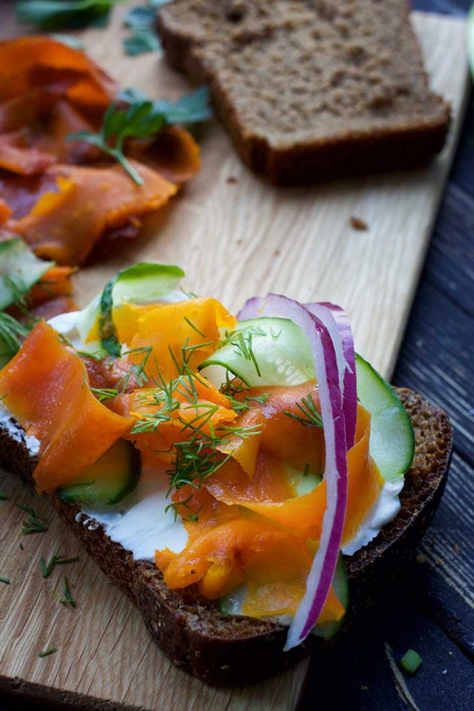 how to make vegan salmon from carrots sandwich