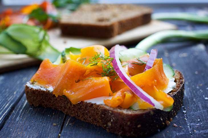 how to make vegan salmon toast