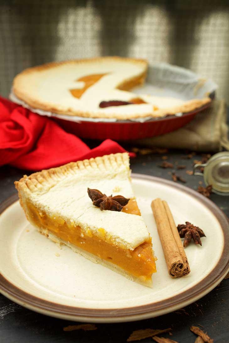 vegan Haloween Pumpkin Pie slice placinta cu dovleac