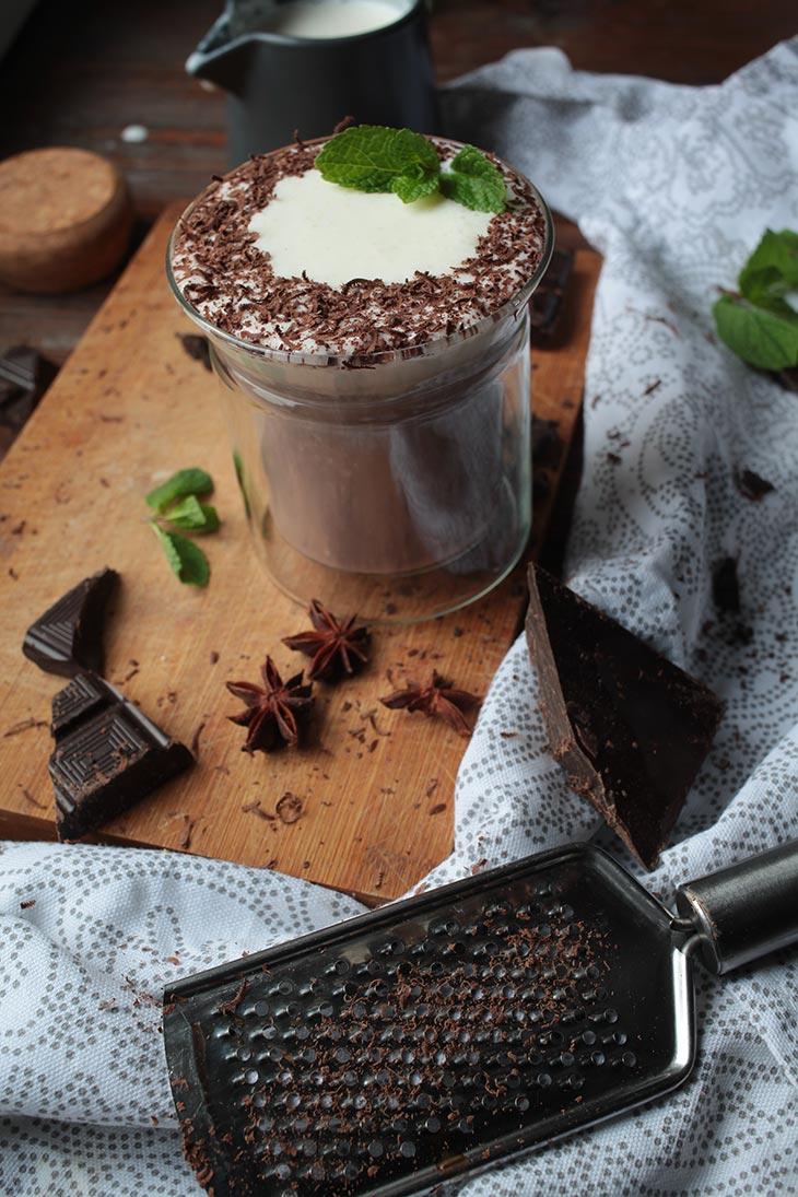 vegan hot chocolate recipe with peppermint