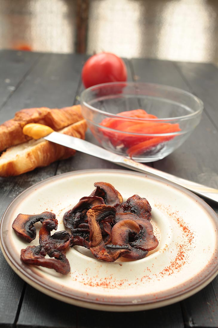 bacon din ciuperci vegan