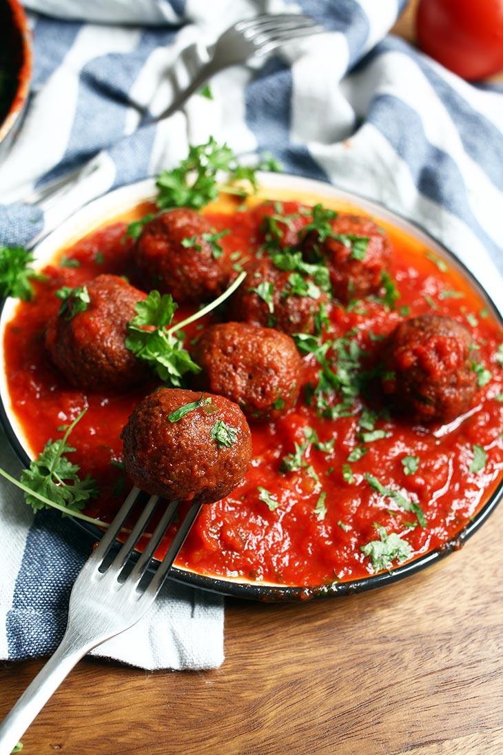 Black Bean Meatballs in Sauce