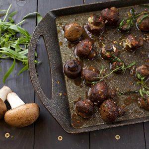 Perfect Roasted Garlic Mushrooms ciuperci la cuptor cu usturoi