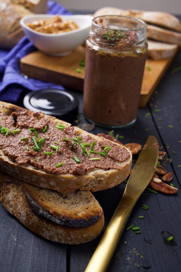 Vegan Mushroom Pâté on toast