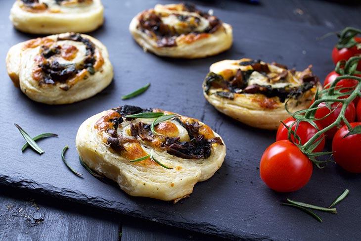 easy Vegan Mushroom Pinwheels