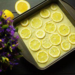 Vegan Lemon Bars prajitura cu lamaie de post