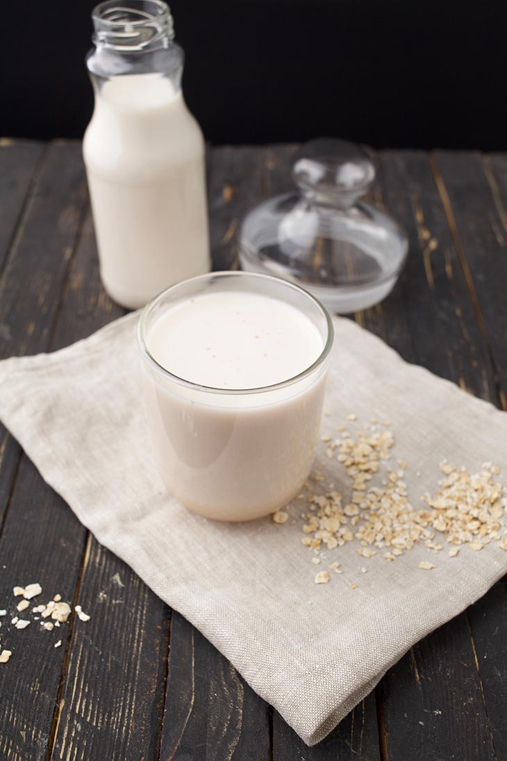 how to use oats to make milk