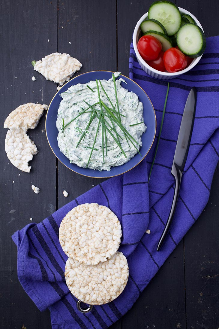 vegan spinach dip with garlic