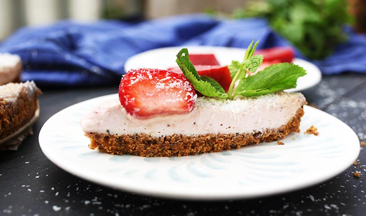 Vegan Strawberry Cheesecake healthy summer dessert