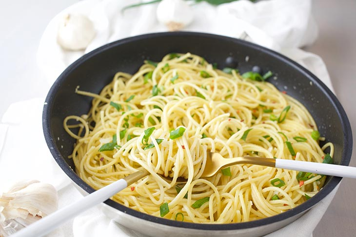 vegan garlic noodles asian recipe