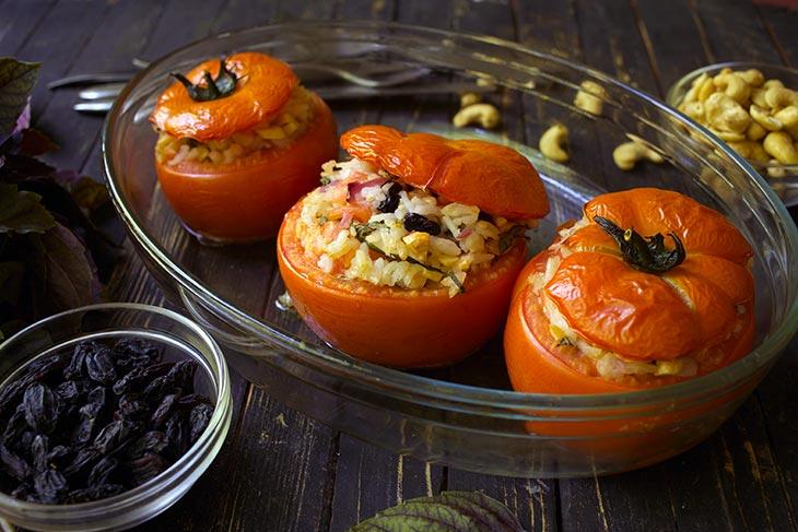 Greek Rice Stuffed Tomatoes rosii umplute