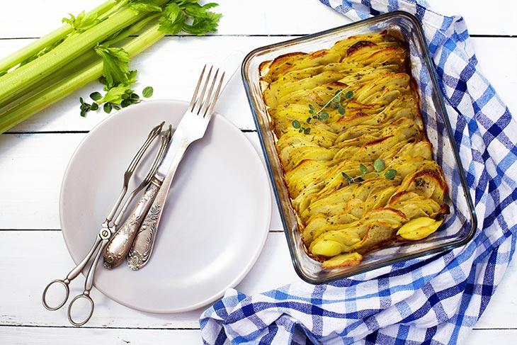 Hasselback Casserole Cartofi aurii la cuptor