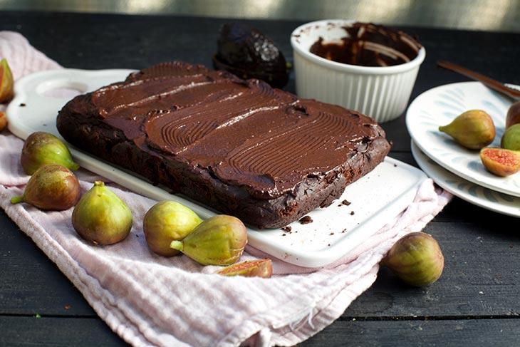 Negresa cu avocado si ciocolata de casa