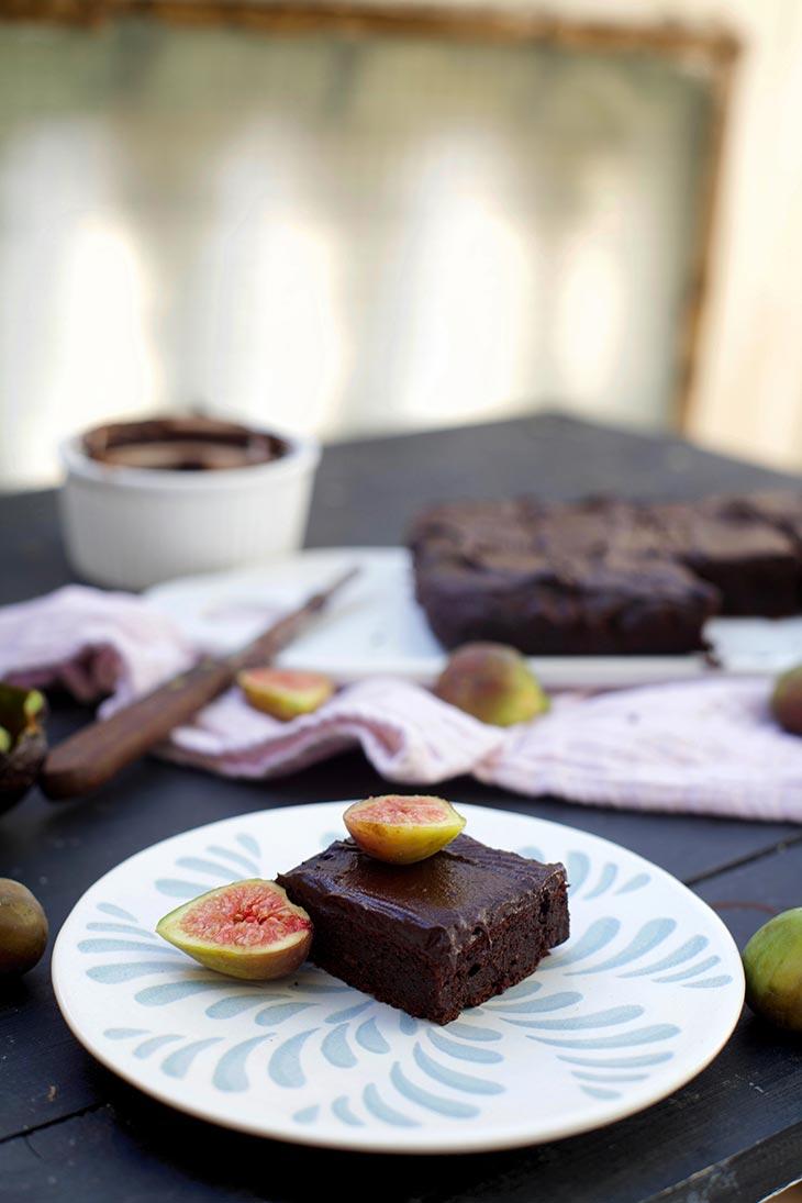 reteta Negresa cu avocado si ciocolata