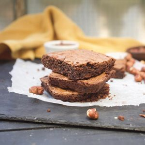 Healthy Nutella Brownies with homemade nutella negrese cu nutella