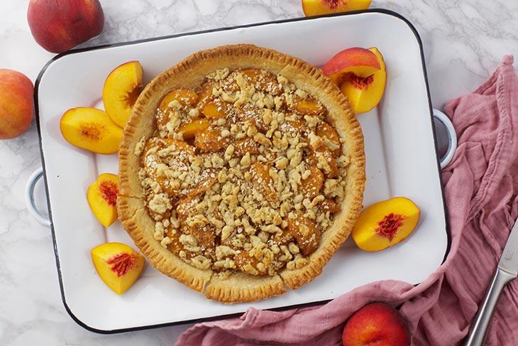Peach Crumble Pie prajitura cu piersici reteta vegana