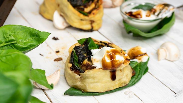 Savory Mushroom Rolls Rulouri cu ciuperci
