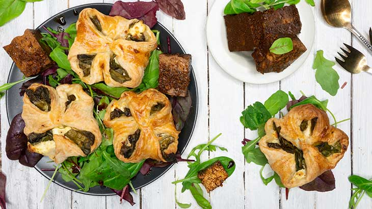 Vegan Spinach Puffs easy pastry recipe