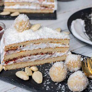 Vegan Raffaello Cake Tort Raffaello cu cocos