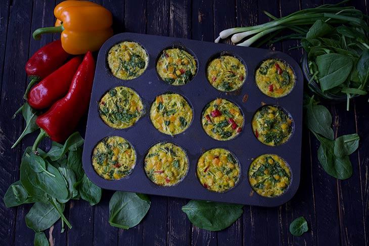Veggie-Packed Breakfast Muffins Briose sarate pentru mic dejun reteta