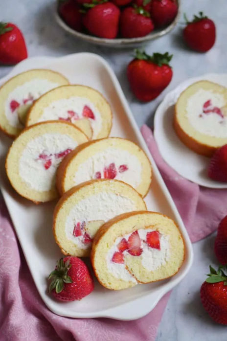 Fresh Strawberry and Cream Japanese Cake Roll