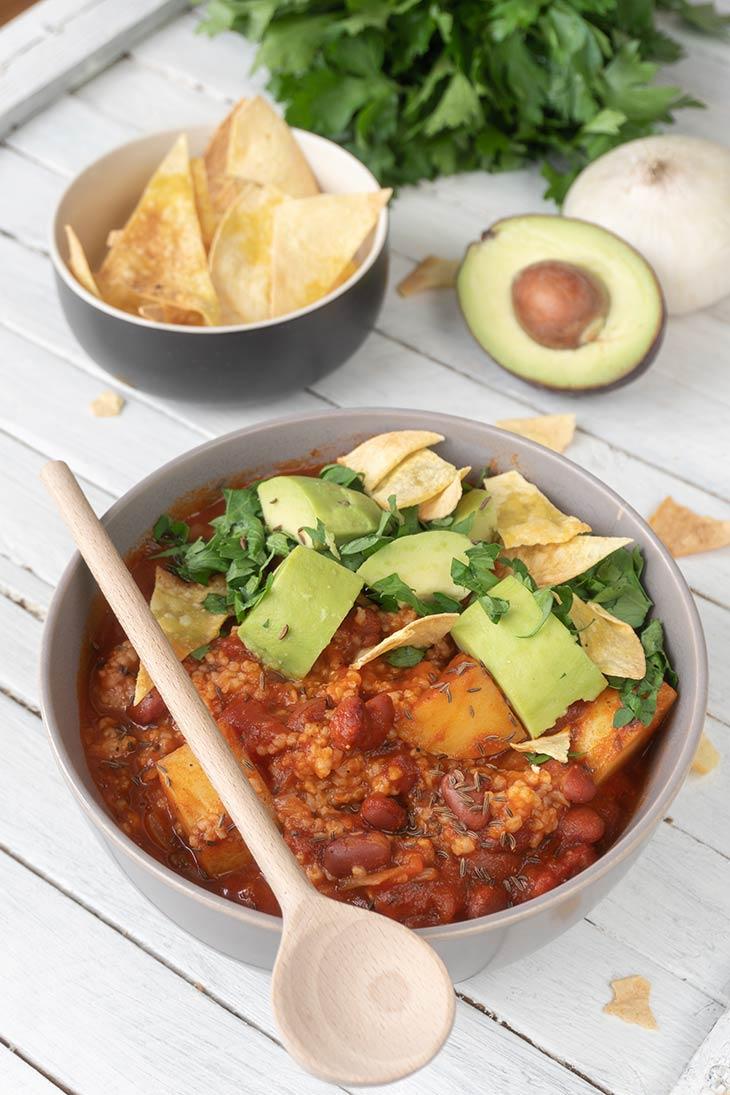 Chili cu quinoa reteta