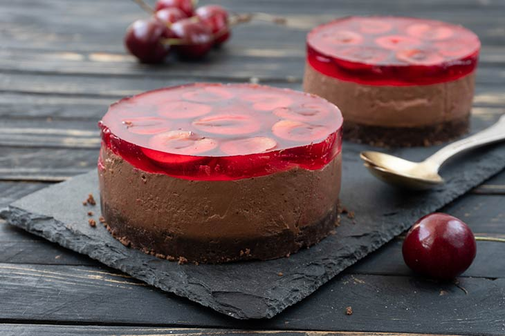 Vegan Cherry Chocolate Cheesecake quick dessert