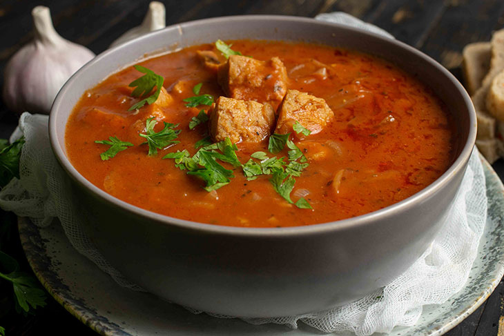 Vegan goulash soup