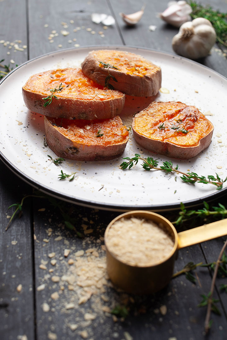 Garlicky Smashed Sweet Potatoes Recipe