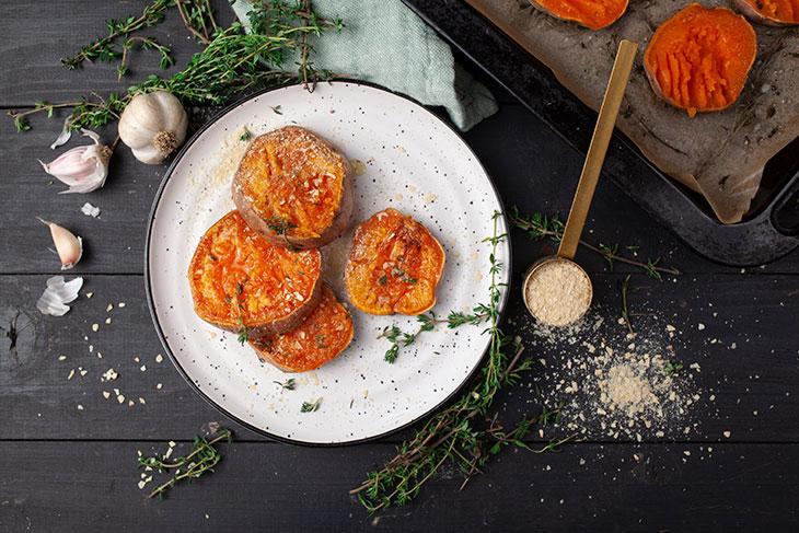 Garlicky Smashed Sweet Potatoes Vegan