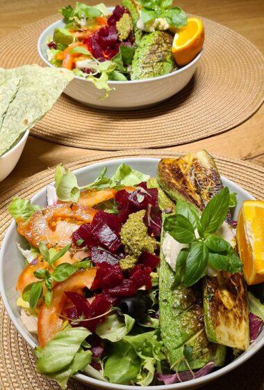 Grilled Zucchini and Beetroot Salad Salata de dovlecel la gratar cu sfecla coapta reteta