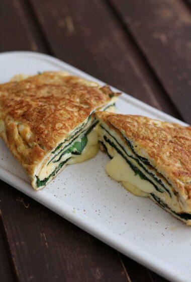 Keto Omelette Recipe Omleta keto cu branza reteta