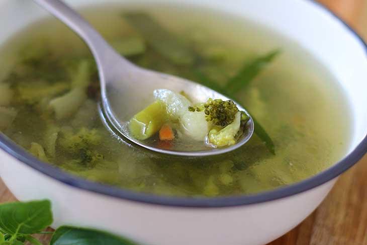 Vegan Clear Broccoli Soup