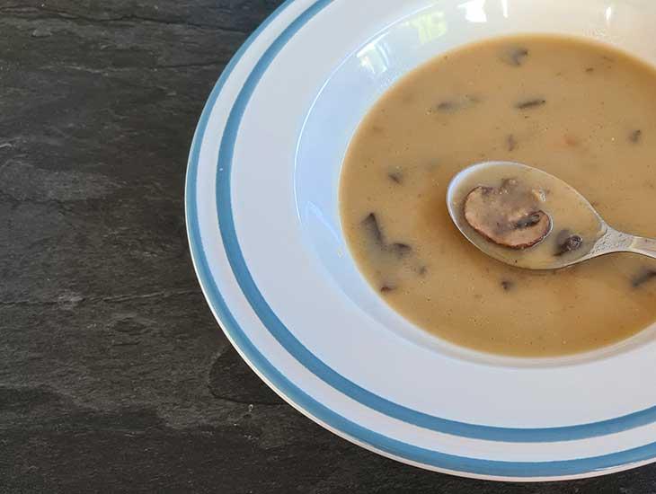 Asian mushroom soup vegan recipe