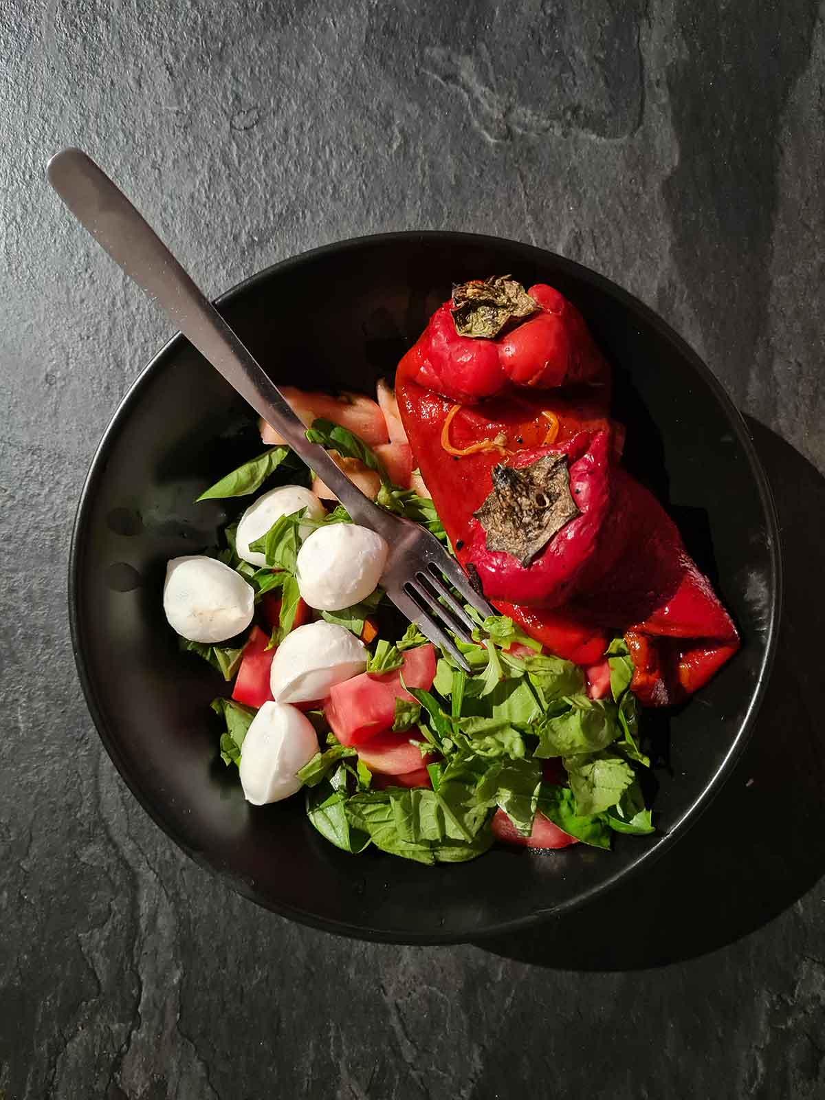buffala mozzarella salad salata cu mozzarella de bivolita